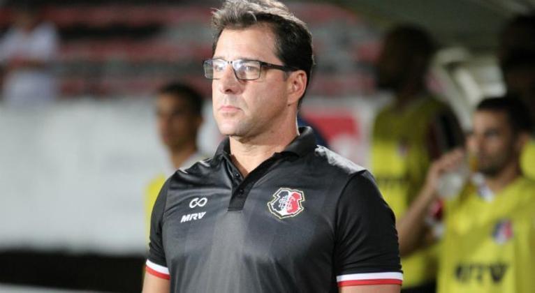 ESQUENTOU - O técnico Marcelo Martelotte deseja um atacante para chegar ao time, após o clube contratar duas peças, esse seria um último pedido do treinador.