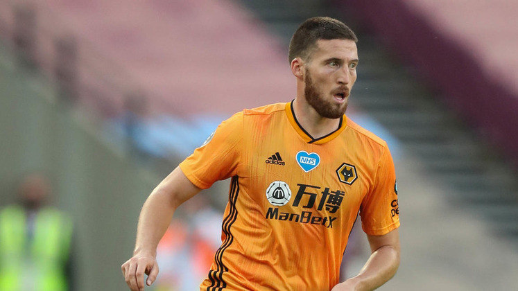 ESQUENTOU - O Wolverhampton aceitou, nesta sexta-feira (28), a proposta do Tottenham por Matt Doherty. De acordo com o