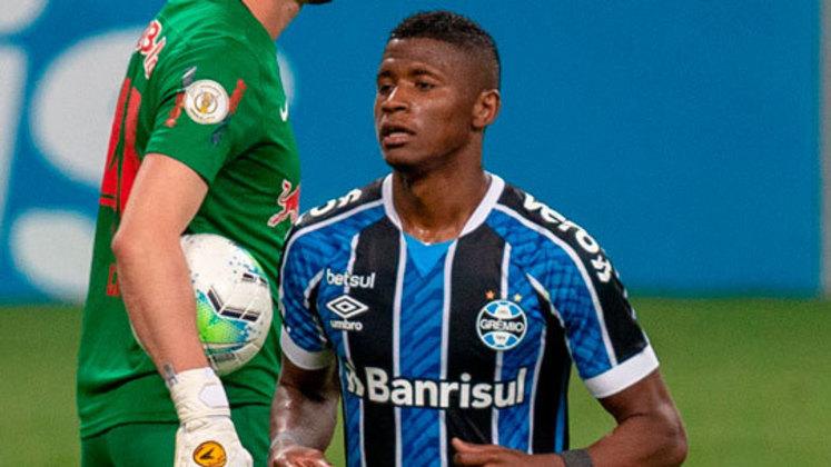 """ESQUENTOU - Orejuela teve o seu contrato reativado como jogador do Cruzeiro após o fim do empréstimo para o Grêmio. Porém, como é um jogador caro para os atuais padrões da Raposa, que quer reduzir gastos em 2021, o atleta pode retornar ao Imortal. O valor original pedido pelo clube mineiro era de R$ 21 milhões, mas um """"desconto"""" deve ser dado ao time gremista."""