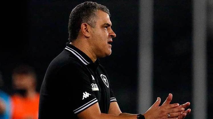 ESQUENTOU - Se o Botafogo está no mercado em busca de reforços para a equipe, reconsiderar a situação dos atletas afastados poderia ser uma opção para