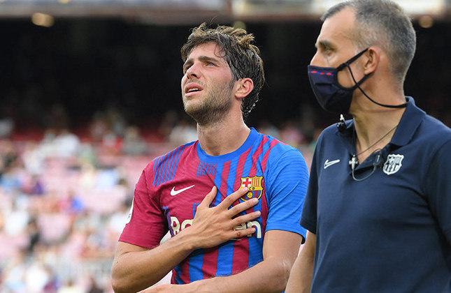 ESQUENTOU - Segundo o jornal Marca, o Barcelona está em vias de acertar a renovação de contrato com o lateral/meio-campista Sergi Roberto. O novo vínculo com o atleta seria até junho de 2024.