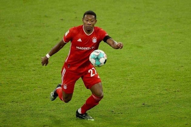 ESQUENTOU - Segundo o veículo de imprensa 'SkySports', o defensor David Alaba, do Bayern de Munique, está próximo de assinar um contrato de cinco anos com o Real Madrid. Em final de contrato na Alemanha, o jogador descartou a opção de fechar com o Barcelona.