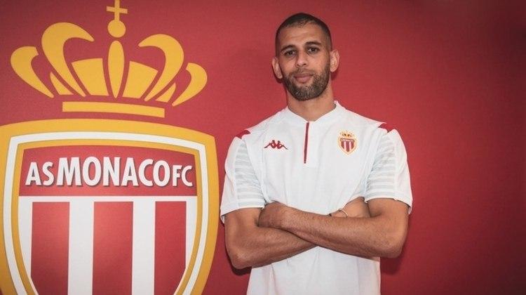 ESQUENTOU - Slimani é um dos nomes que integra a lista de Jorge Jesus para reforçar o Benfica. O atacante do Leicester, emprestado ao Monaco, já trabalhou com o treinador português no Sporting, quando atingiu a melhor fase da carreira.