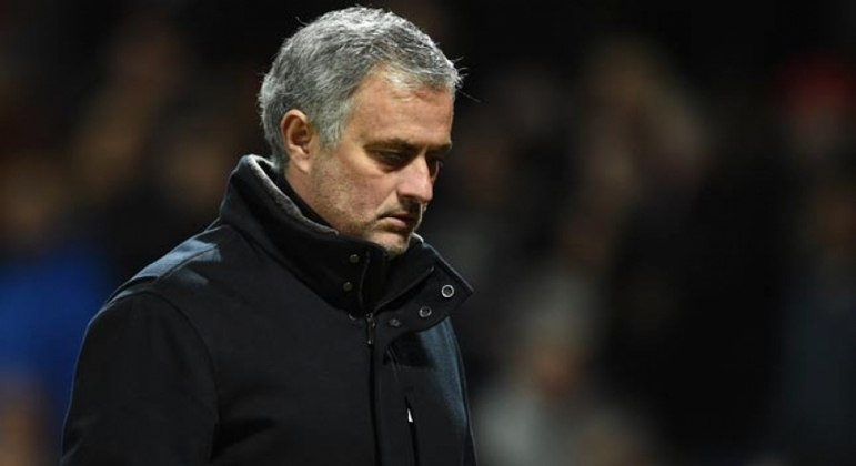 José Mourinho não é mais treinador do Tottenham, da Inglaterra