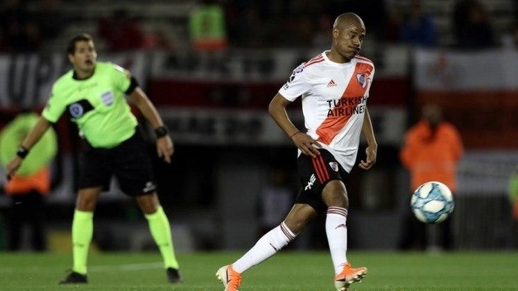 ESQUENTOU - Um dos destaques do River Plate, vice-campeão da Libertadores, o meia Nico De La Cruz pode deixar o clube argentino em breve. Segundo a rádio argentina
