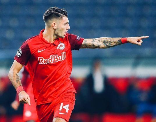 ESQUENTOU - Um dos principais nomes do RB Salzburg, da Áustria, o meia-atacante Dominik Szoboszlai está perto de trocar de time. De acordo com informações da