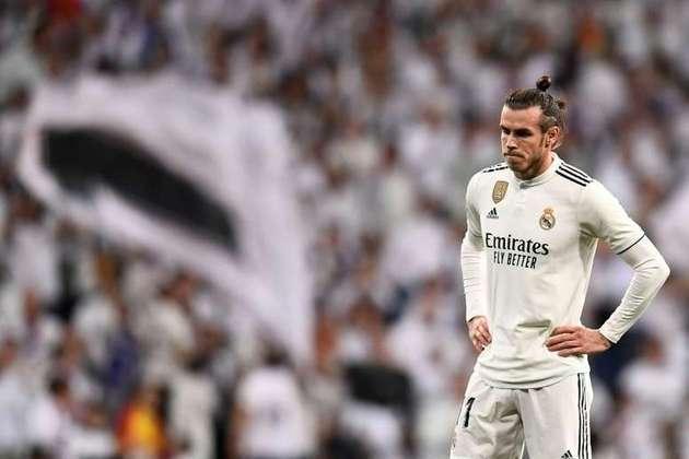 """ESQUENTOU: Uma nova temporada se aproxima e com ela o início de mais um Campeonato Espanhol para o Real Madrid. No entanto, o futuro de Gareth Bale segue indefinido no clube. Em entrevista à 'Sky Sports', o galês garantiu que continua equipe merengue, pois o clube bloqueou sua saída no ano passado. """"Estou nas mãos do clube, mas eles dificultam muito para ser honesto."""