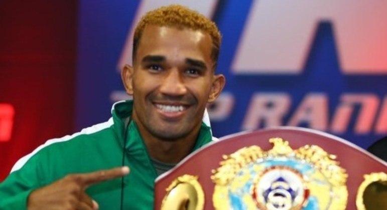 Esquiva sonha em ser campeão mundial de boxe