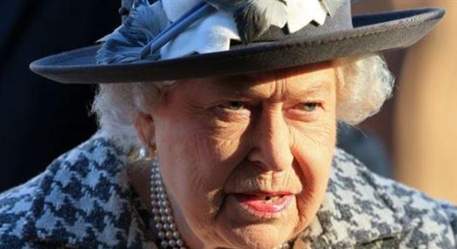 Essa é a quarta vez na história que a rainha faz uma transmissão especial. A última foi em 2002, após a morte da rainha-mãe