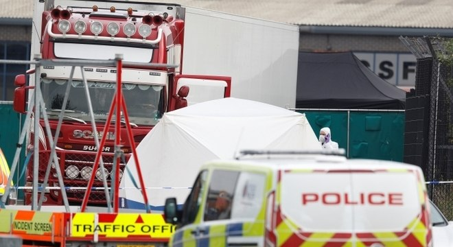 Caminhão frigorífico foi interceptado em Essex, após chegar no Reino Unido pelo mar