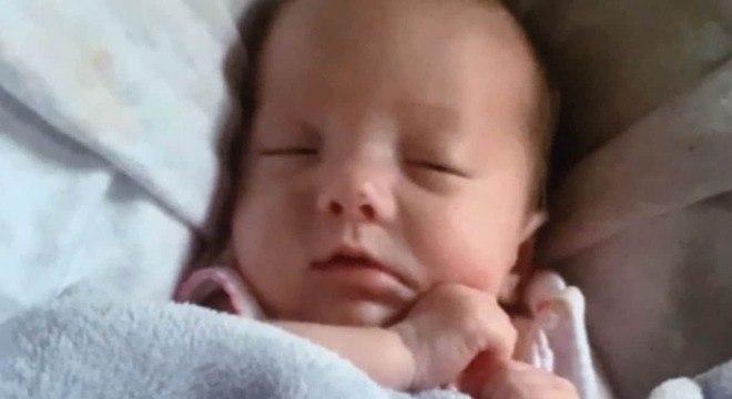 Esta bebê sofreu 96 fraturas em todo o corpo