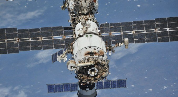 Fumaça e cheiro de plástico queimado foram detectados na parte russa da ISS