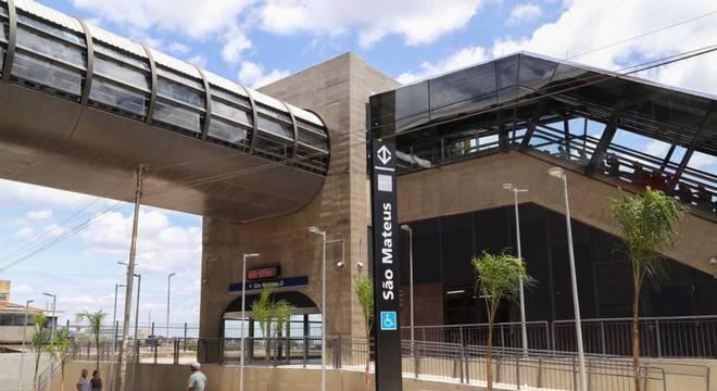 Doria inaugura três estações da linha 15-Prata do Metrô de SP
