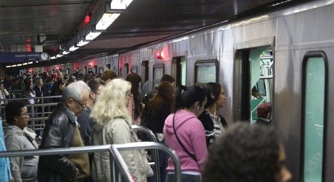 Estação Sé, ponto de baldeação entre as linhas Vermelha e Azul