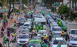 Com a possibilidade de derrota da proposta, Bolsonaro tem intensificado o discurso contra o voto exclusivamente eletrônico