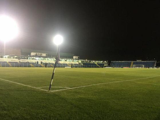 Estádio do São Caetano como mandante: Estádio Anacleto Campanella.