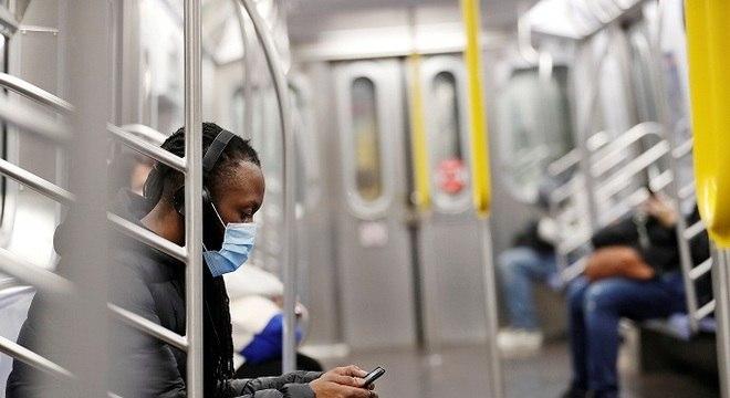 Estados Unidos registra mais de 120 mil pessoas curadas da covid-19