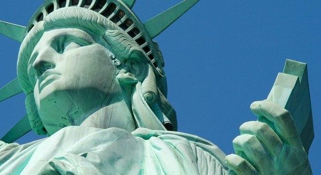 Com a nova tecnologia, o cobre não desenvolve a pátina de oxidação esverdeada, fenômeno que pode ser visto na Estátua da Liberdade