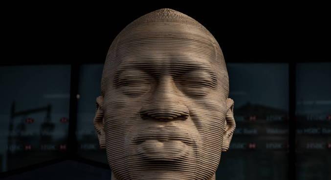 Estátua de George Floyd foi inaugurada há poucos dias