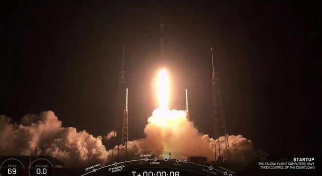 A SpaceX diz que seus satélites vão ser menos brilhantes para não atrapalhar pesquisadores O que as empresas de satélites afirmam?