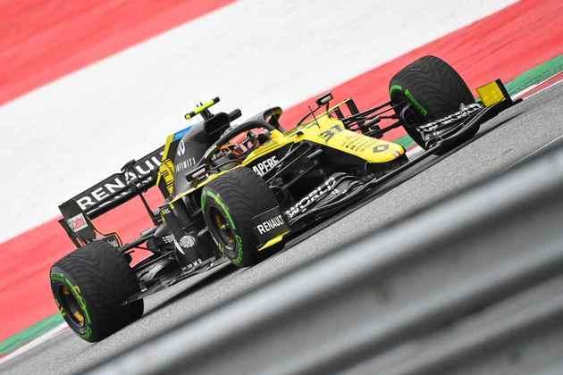 Esteban Ocon, com a Renault, voltou a acelerar em um fim de semana oficial da F1