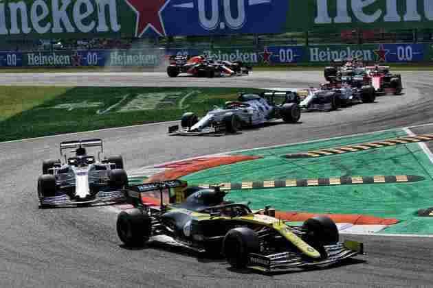 Esteban Ocon completou a corrida deste domingo em oitavo