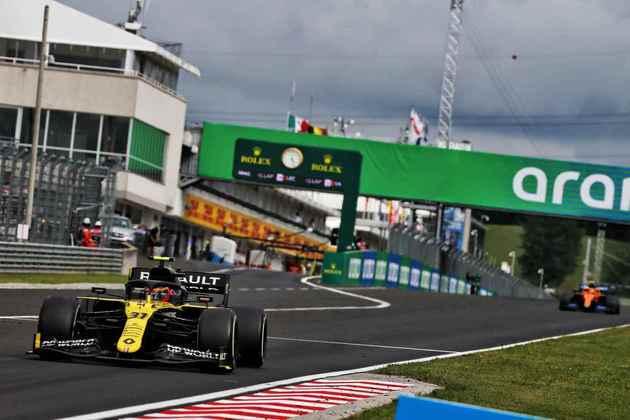 Esteban Ocon foi discreto novamente e terminou fora dos pontos