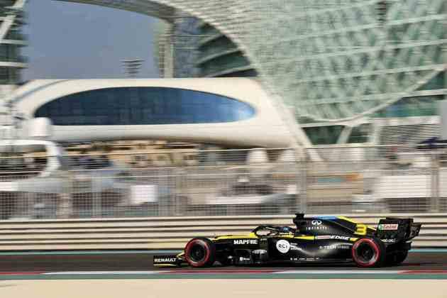 Esteban Ocon também não saiu do Q2 e vai largar em 11º.