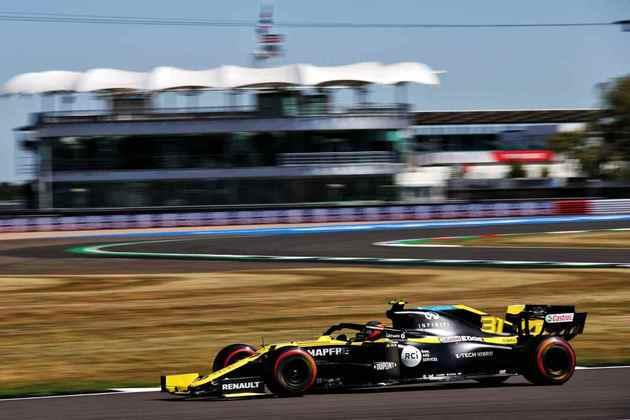 Esteban Ocon terminou o TL2 apenas na décima posição