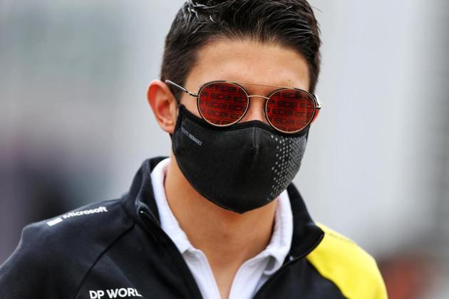 Esteban Ocon voltou a decepcionar e ficou apenas em 14º