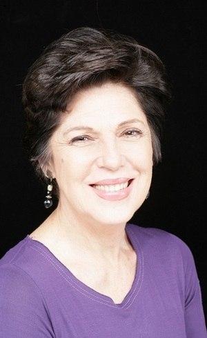 "Esther Góes estará em ""Gênesis"""