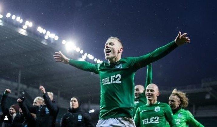 Estônia - A competição teve a sua temporada iniciando em 6/5 e está na rodada 4. Os jogos estão sendo realizados sem público (como quase todos exceto Ilhas Faroe), mas a partir de 1/7 haverá a liberação para até 1.000 torcedores por jogo.