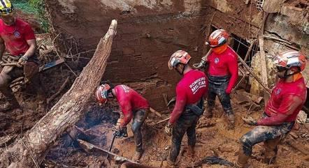 Deslizamento em Santa Maria de Itabira (MG) deixou seis mortos