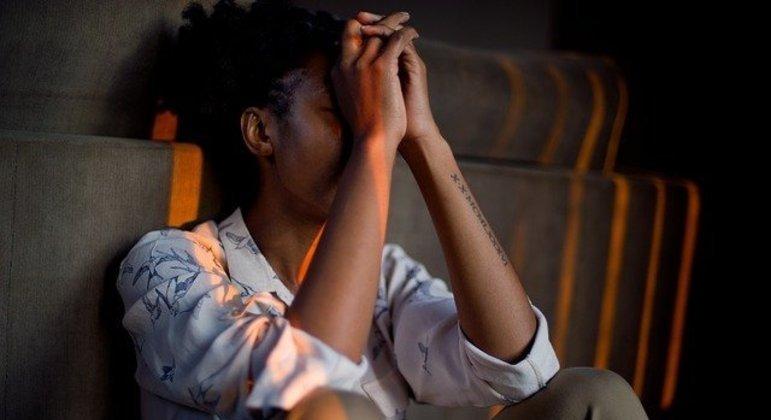 Síndrome pode ser confundida com ansiedade e depressão, mas está ligada ao trabalho