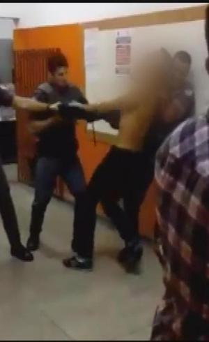 Policial deu gravata em estudante