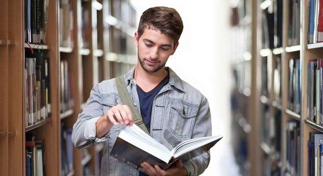 45% dos recém-formados ainda não conseguiram o 1º emprego formal