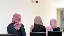 Estudantes afegãs não veem futuro após Talibã chegar ao poder