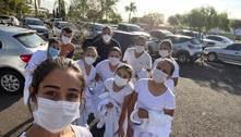 Alunos de enfermagem estão na linha de frente contra covid em SP