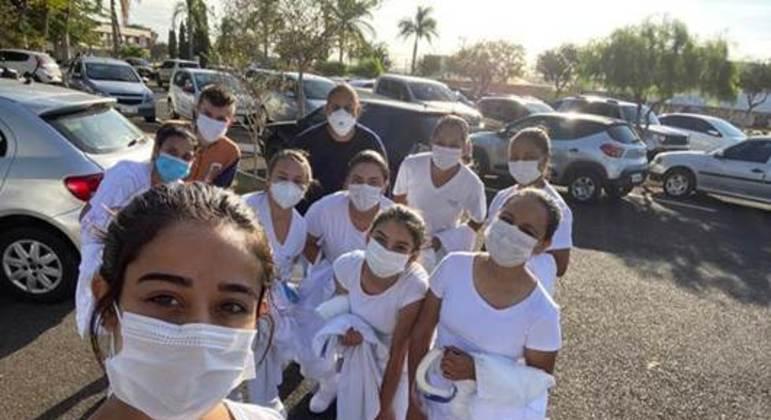 Estudantes da Etec de Itapetininga durante atividade prática do curso técnico de enfermagem