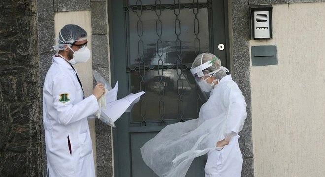 Mais de 100 mil estudantes se cadastraram em ação no combate ao coronavírus