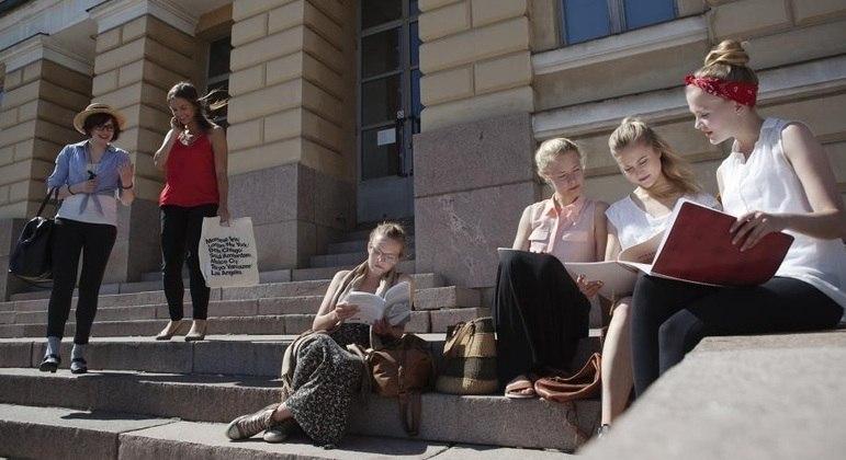 Estudantes em escola na Finlândia, uma das melhores do mundo
