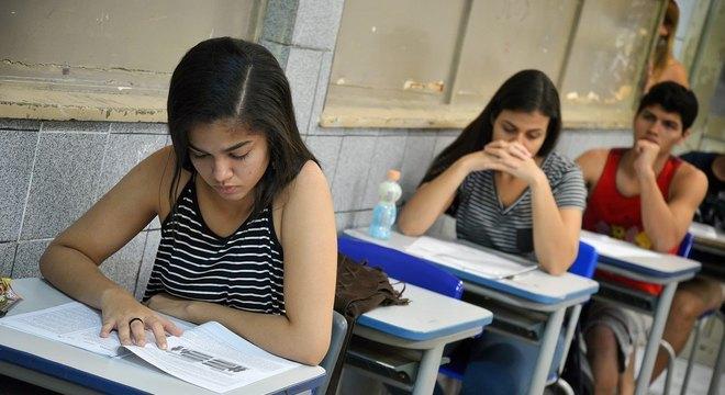 Estudantes podem pedir isenção no Enem a partir de hoje