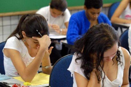 Tecnologia aproxima pais da escola, diz pesquisa