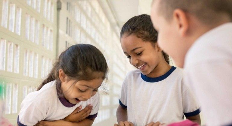Segundo Unicef milhões de alunos não voltaram às aulas 18 meses após o inicio da covid-19