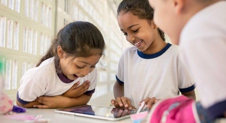 'Guia de Conectividade' permite a gestores monitorarem a qualidade da conexão na escola