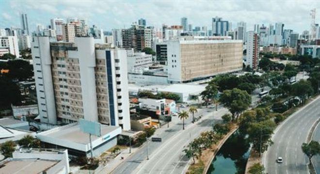 Estudo da UFPE estima que número de mortes seria dez vezes maior sem as ações restritivas. Pesquisadores do Ceará e de São Paulo relataram resultados semelhantes.
