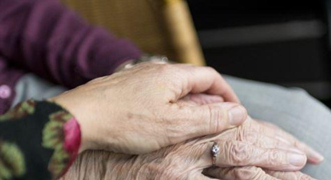 Estudo mostra quem é a população idosa nacional, maior grupo de risco da pandemia