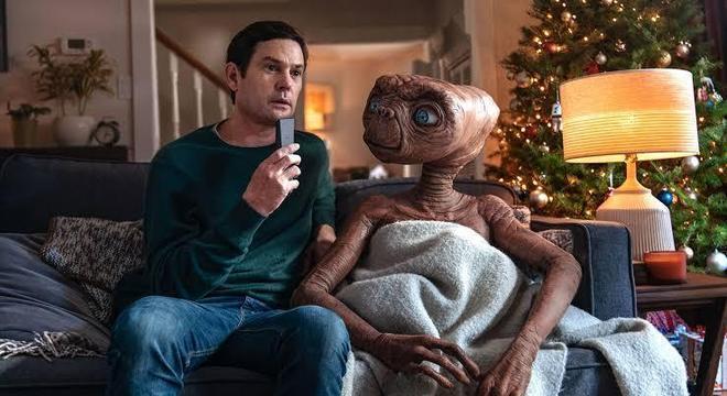 Elliott e E.T. juntinhos 37 anos depois