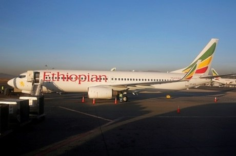Avião caiu com 157 a bordo