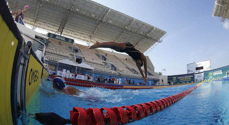 Revezamento feminino do Brasil está classificado para 4x100 m livre e medley